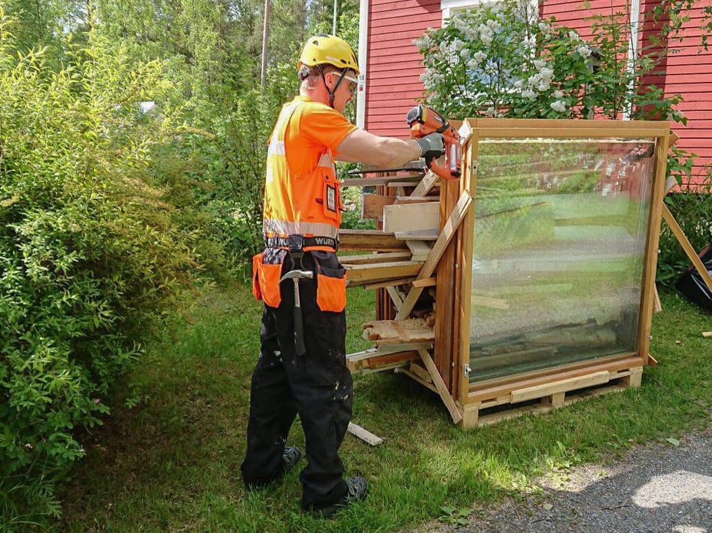 Kodinlaatusaneerus ikkunoiden kierrätys